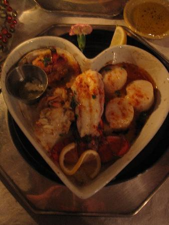 Osceola Mill Restaurant, B&B and Cabins: Seafood platter - delicious!