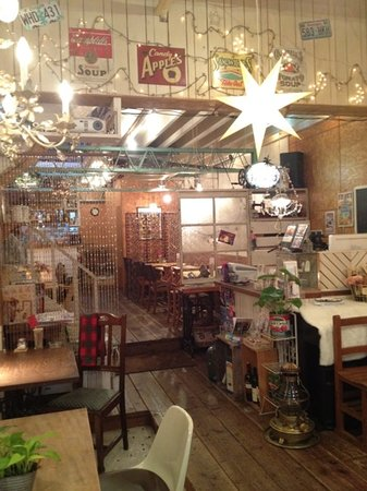 Cozy Cafe Grace : 食事もデザートも充実のナチュラル系のカフェ