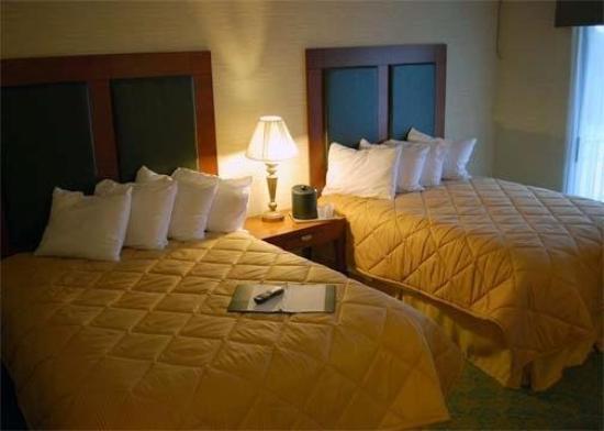 Baymont Inn & Suites Bremerton WA : Interior