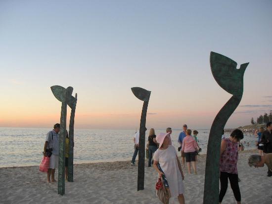 Cottesloe Beach: Beach and sculptures.