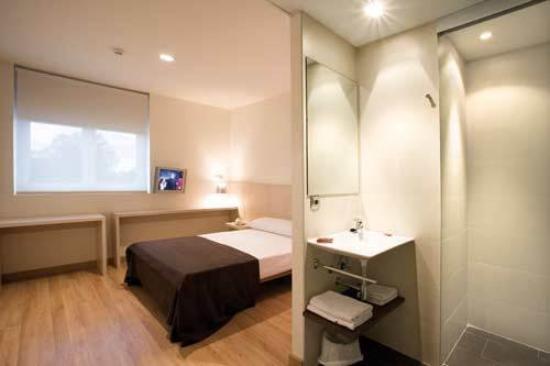 Hotel Cadosa: Guest Room