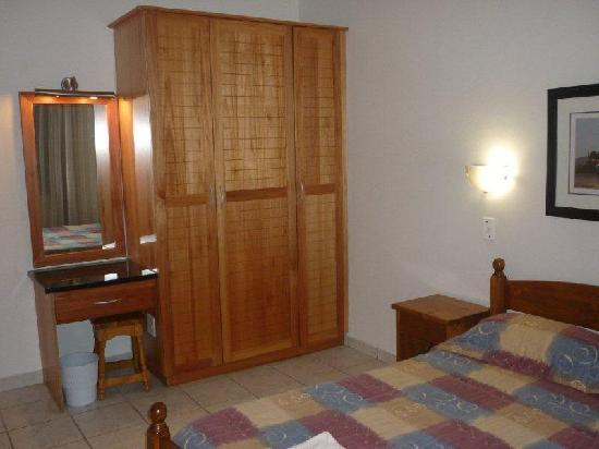 Suntide Qunu Lodge: Main Bedroom