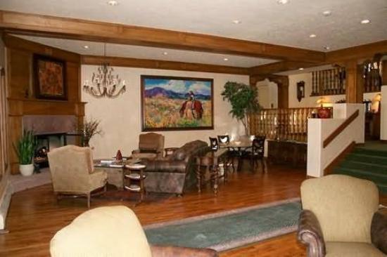 The Seasons Lodge at Arrowhead : Interior
