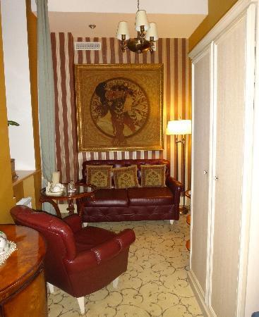 Ramada Hotel & Suites Vilnius: Junior Suite