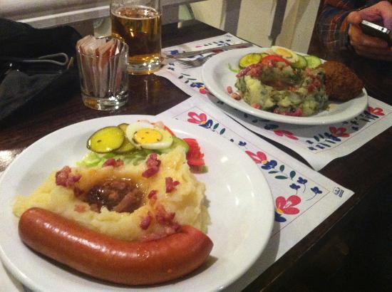 The traditional dutch food picture of petit restaurant - Dutch cuisine in amsterdam ...