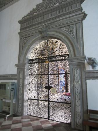 Museo San Agustín: An amazing iron-work door.  Worth the 100 php just to see this door in my book.