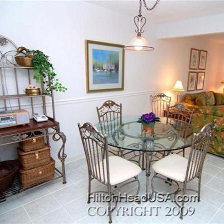 Coligny Villas: Dining Area