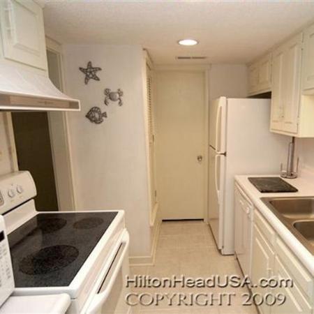 Coligny Villas: Kitchen