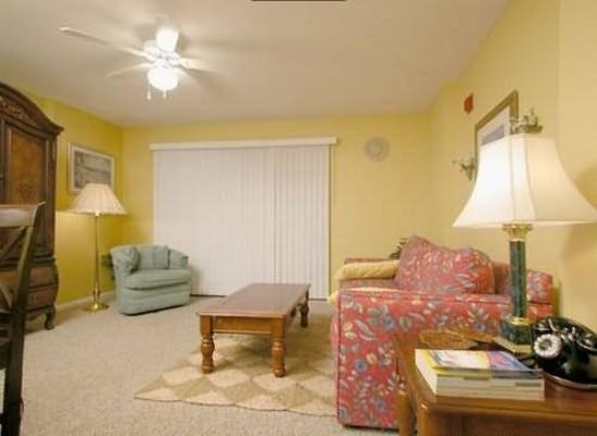 Indigo Condominiums : Guest Room