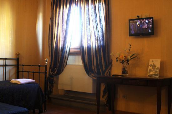 Rayan Hotel: Camera Tripla