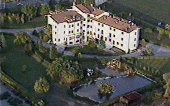 Crocioni Hotel Rizzi: External View