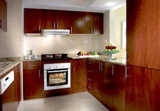 Marriott Executive Apartments Dubai, Green Community : Kitchen