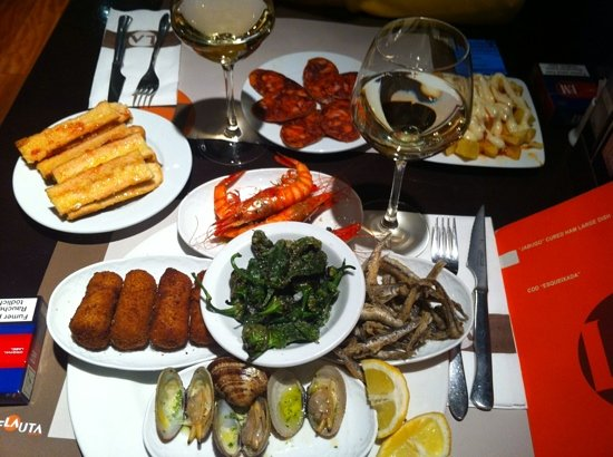 La Flauta Barcelona Eixample Restaurant Reviews Phone Number Photos Tripadvisor