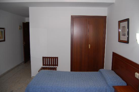 Marina Victoria Hotel Algeciras: Habitacion