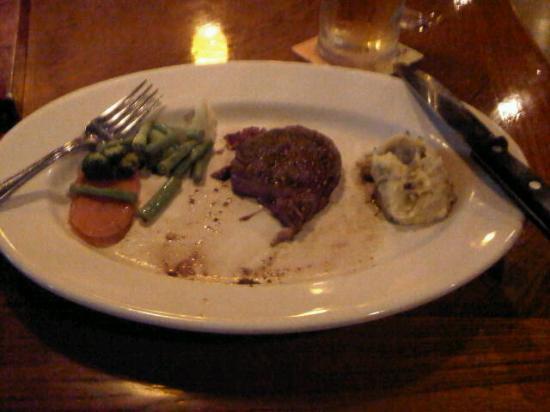 Outback Steakhouse BB Park: Steak - Half gone :)