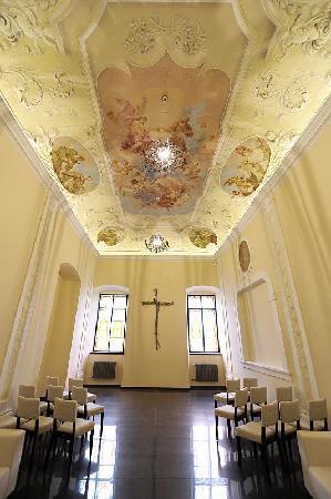 Chateau Heralec - Boutique Hotel & Spa by L'OCCITANE : St. Anne Chapel