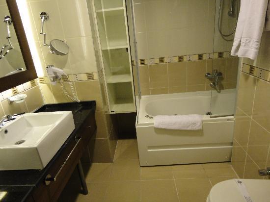 Marlight Boutique Hotel: Bathroom