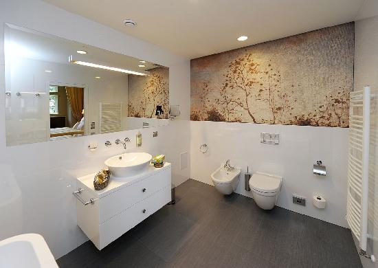 Chateau Heralec - Boutique Hotel & Spa by L'OCCITANE : Bathroom