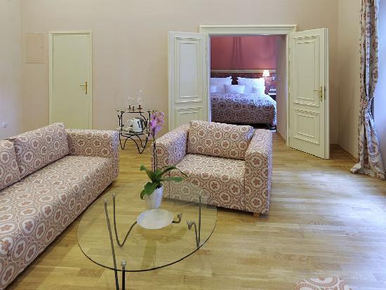 Chateau Heralec - Boutique Hotel & Spa by L'OCCITANE: Grand Luxury Suite