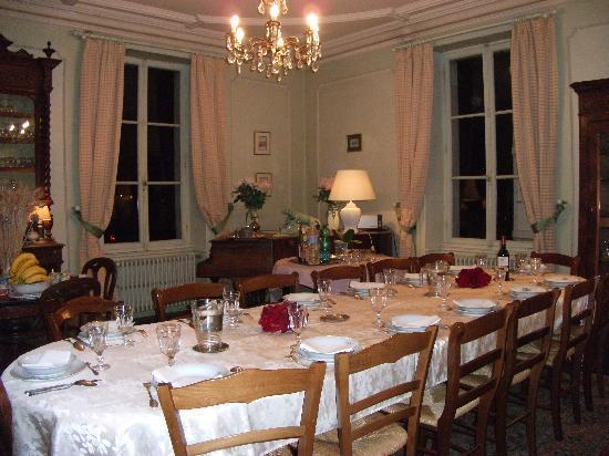 Château de Belle-Vue : Le diner en table d'hôtes