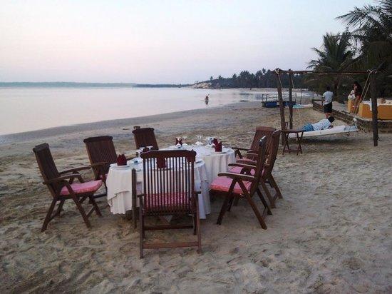 Le Domaine de Tam Hai: DINNER ON THE BEACH