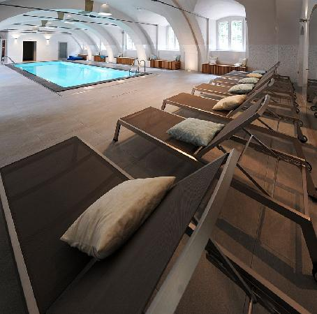 Chateau Heralec - Boutique Hotel & Spa by L'OCCITANE: Swimmning pool