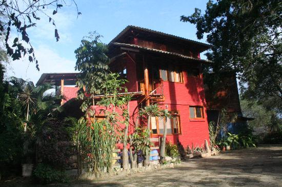 Saiananda: Habitaciones