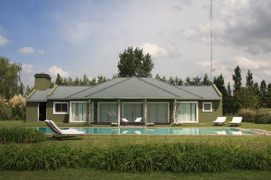 El Metejon : Club house with swimming pool