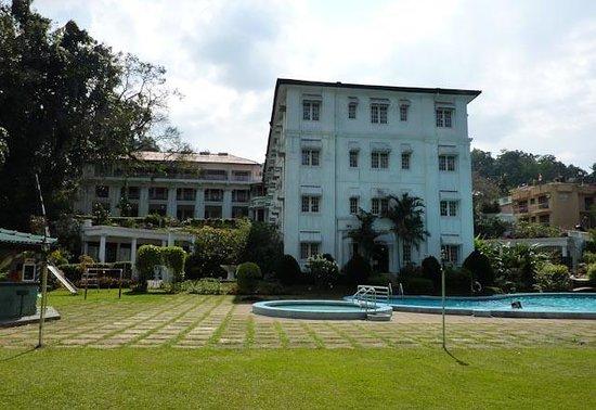 Hotel Suisse: Hotel