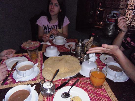 Riad el Noujoum: desayuno