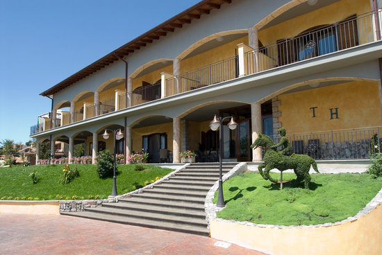 Tolfa Hotel