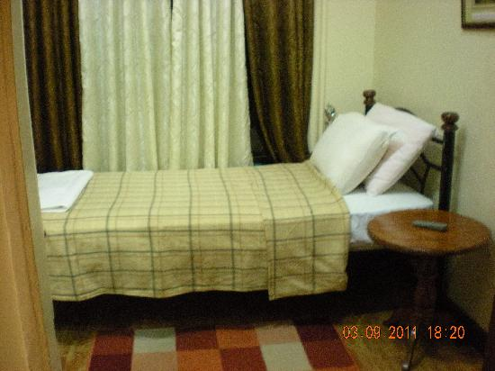 Bay Natuh Bed and Breakfast: single room