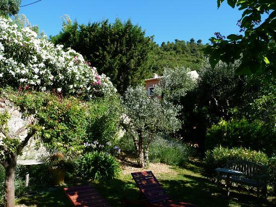 La Colline de Vence : Romantik im Garten