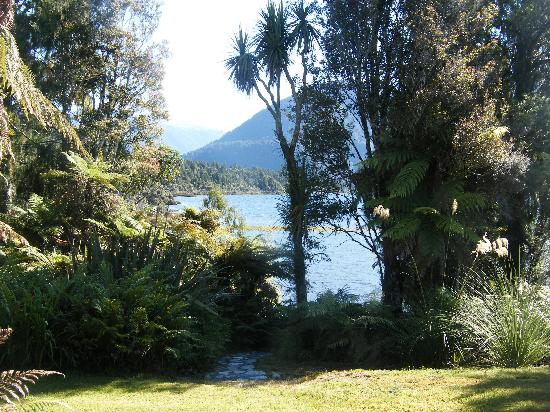 Lake Paringa Lodge: Lake veiw