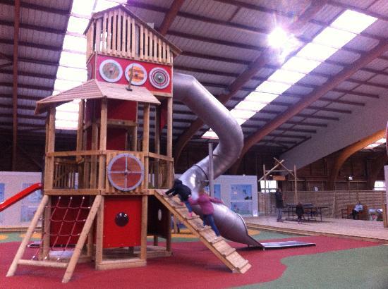 Branville, France: jeux enfant