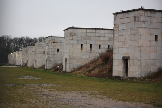 Reichsparteigelande (Nazi Party Rally Grounds) : Exterior of Zeppelin Field
