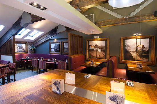 Premier Inn Kidderminster Hotel: The Kitchen