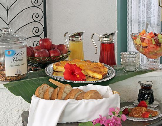 St. Francis Inn Bed and Breakfast: Breakfast buffet