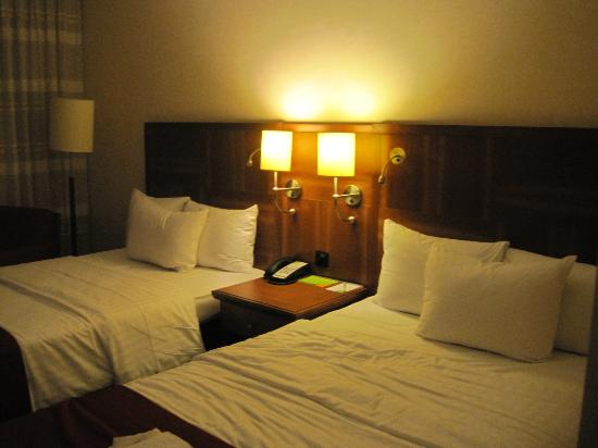 Courtyard by Marriott Berlin City Center: Twin room