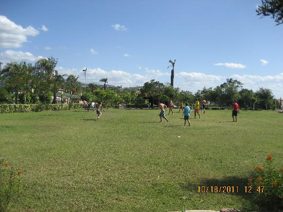 MC Arancia Resort Hotel: good place for football game
