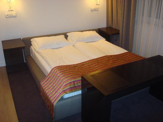 Platinum Palace Residence: Platinum Palace Apartments