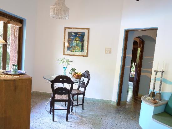 Pousada Tauma : The living room of sea theme suite.