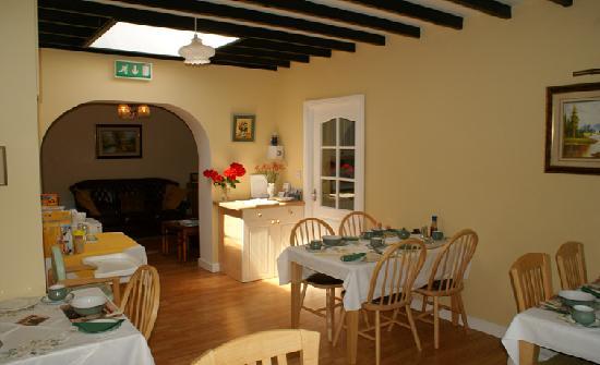 Ardscull  Farmhouse Bed & Breakfast: Dining Room