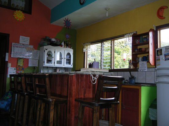Hotel Sloth Backpackers Bed & Breakfast: The kitchen