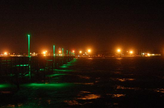 Rockport, TX: Come and enjoy the night life of the Town of Fulton, walk the pier