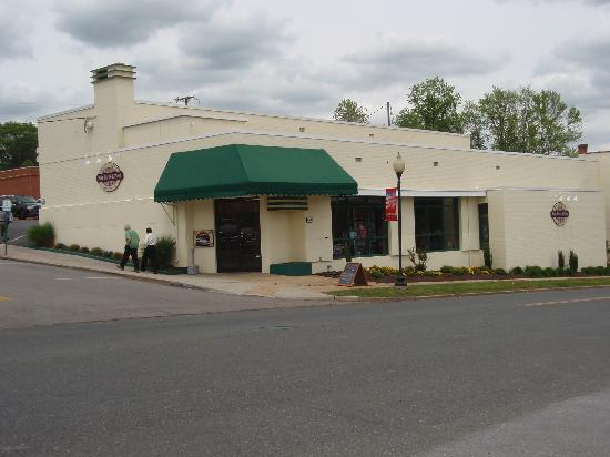 Main Street Cafe & Coffee : This is an old picture, just been repainted