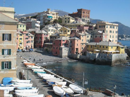 Boccadasse : View from just behind Sant'Antonio