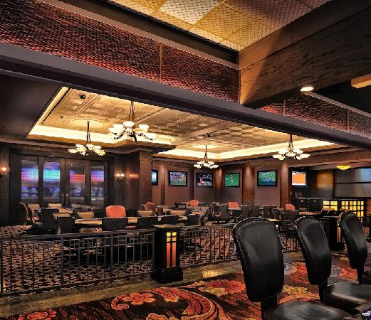 Lake charles poker tournaments commode table a langer sur roulette