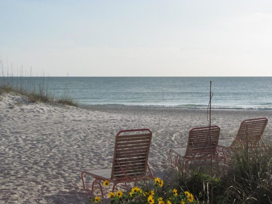 Anna Maria Island Dream Inn: Beach front