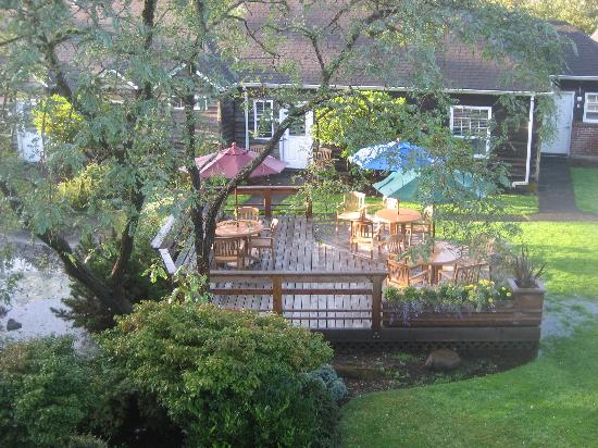 Ecola Creek Lodge: View of the Courtyard